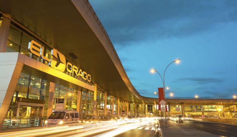 Aeropuerto Internacional El Dorado Operación vuelos piloto