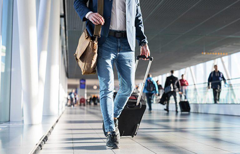 Cuarentenas de viaje y cierre de fronteras inhiben la reactivación del turismo