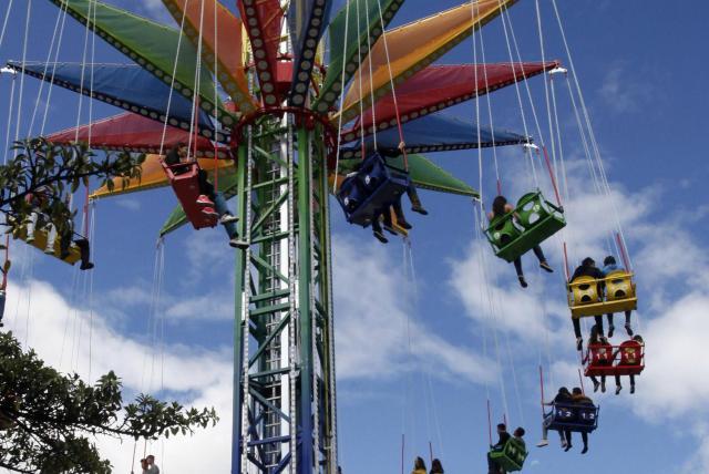 Reabren sus puertas los parques de diversiones a cielo abierto de Bogotá.