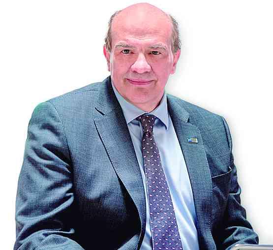 Adolfo Scheel Mayemberger, director de operaciones de GHL ganó el Premio Nacional de Turismo