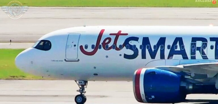 Nueva ruta entre Medellín y Santiago de JetSmart